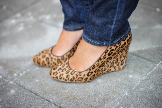 Sharing My Sole - Leopard Pumps