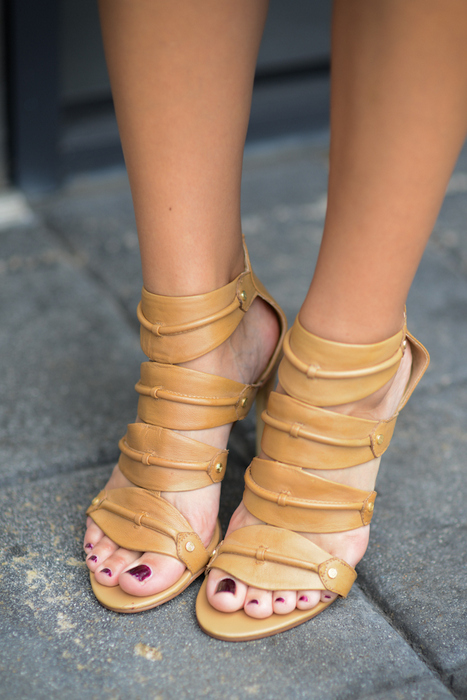 DV by Dolce Vita Starlyn Nude Heels